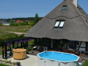 Posh Holiday Home in Pomeranian with Swimming pool
