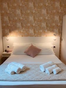 Rimini Bay Suites&Residence - AbcAlberghi.com