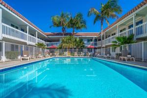 Motel 6-Carpinteria, CA - Santa Barbara - South
