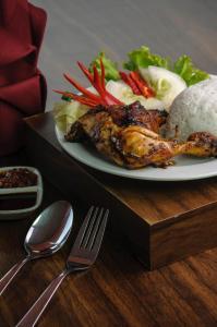 Tree Hotel Makassar, Hotely  Makasar - big - 12