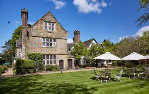 Ockenden Manor Hotel & Spa (1 of 50)