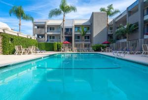 Motel 6-Anaheim, CA - Maingate