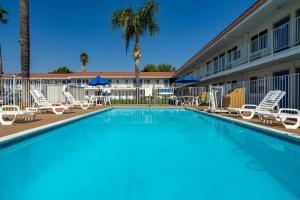 Motel 6-Sepulveda, CA - Los Angeles - Van Nuys - North Hills