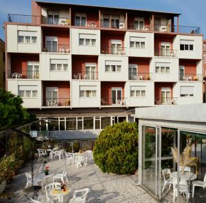 Hotel Robinia - AbcAlberghi.com