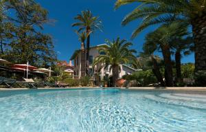 Location gîte, chambres d'hotes Hôtel de Charme Villa Roseraie dans le département Alpes maritimes 6