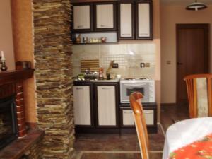 Guest House Eli, Pensionen  Saparewa Banja - big - 4