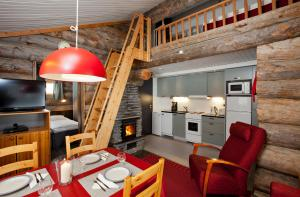 Holiday Club Ylläs Apartments and Cottages - Hotel - Äkäslompolo