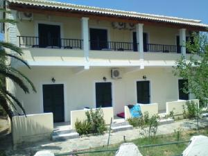 Rose Garden Rooms - Agios Ioannis Peristerion