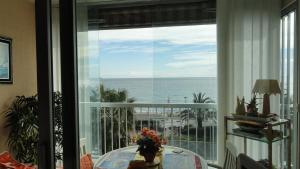 Cannes Terrace Beach Front & Sea view, Apartments  Cannes - big - 152