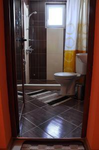 Guest House Eli, Pensionen  Saparewa Banja - big - 12