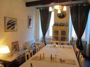 Location gîte, chambres d'hotes La Maison de Natasha dans le département Ariège 9