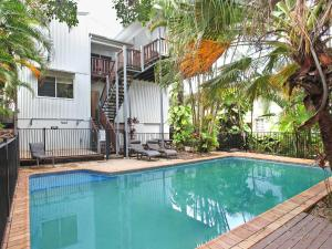 Mayfield 23 - 5 BDRM Home with Pool