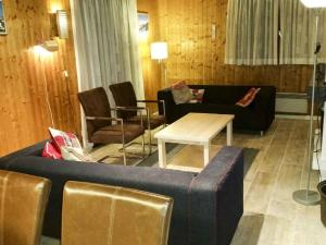 Mountain-view Holiday Home in Morillon near Skiing Area - Hotel - Morillon