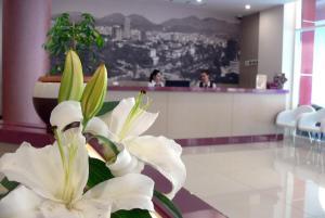Sky 2 Hotel - Tiranë