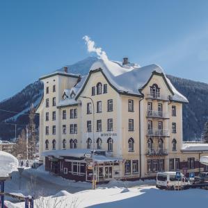 Ski & Bike Hotel Montana