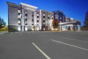 Hampton Inn & Suites by Hilton Syracuse Dewitt - Hotel - East Syracuse
