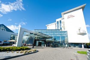 Ikar Plaza, Курортные отели  Колобжег - big - 11