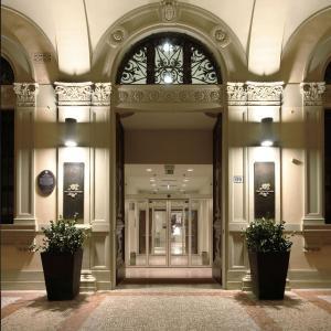 I Portici Hotel Bologna (1 of 78)