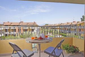 Gardagate - Villaggio dei Fiori - Lilla - AbcAlberghi.com