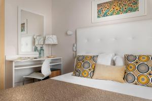 Hotel Eliseo Riccione - AbcAlberghi.com