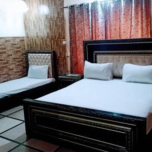 New Moon Soon Hotel