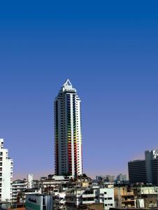 Отель Baiyoke Suite, Бангкок