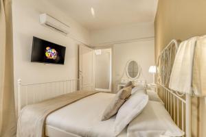 ATRHOME penthouse Frattina - abcRoma.com