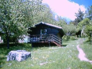 Location gîte, chambres d'hotes Chalets du Vieux Frêne dans le département Isère 38