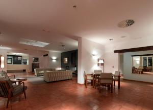 Parador de Málaga Golf, Отели  Малага - big - 35