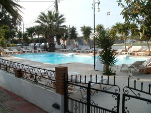 Miranta Hotel - Apartments & Studios Aegina Greece