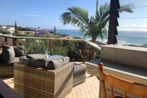 Ocean view retro holiday beach home in Noosa Sunrise Beach