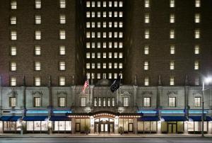 Club Quarters Hotel in Houston