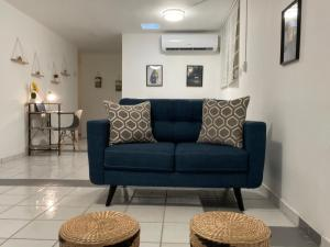 Beautiful & cozy apt 10 minutes from airport