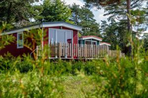 Naturcamping Lüneburger Heide - Stellplätze, Chalets, Campingfässer & Tiny Häuser
