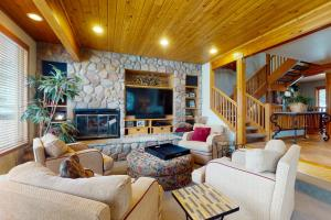 Golf Course Townhome II - Hotel - Vail