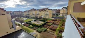 Cyclades Appartement avec terrasse jardin piscine et tennis - Hotel - Saint-Julien-en-Genevois