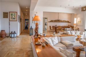 Panoramic Villa with Breathtaking Views Andros Greece