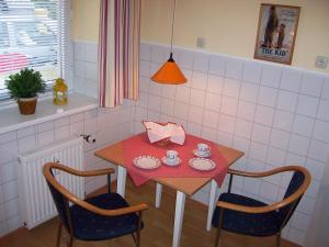 DARZ GästeZimmer, Guest houses  Hamburg - big - 6