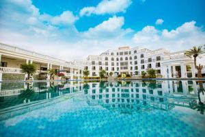 Glory Resort