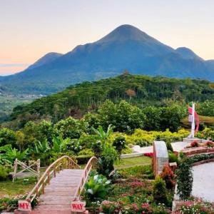 Blessing Hills Family Resort & Hotel