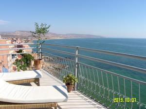 Location Taghazout, Apartments  Taghazout - big - 1