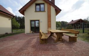 Komfortowe domki letniskowe nad jeziorem na Mazurach 2