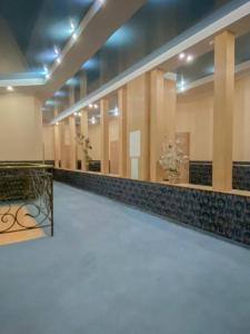 Отель Премьер-Отель Компас Херсон, Херсон