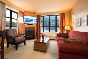 Sundial Hotel - Whistler Blackcomb