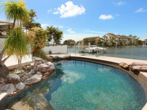 Yulunga 20 - Four Bedroom Canal Home with Pool