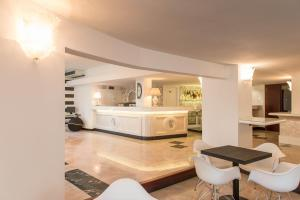 Hotel Luxor, Hotely  Milano Marittima - big - 35