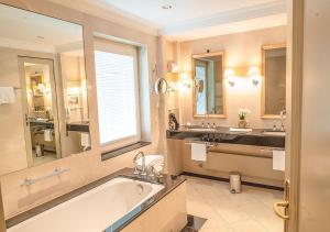 Villa Stephanie at Brenners Park-Hotel & Spa (13 of 138)