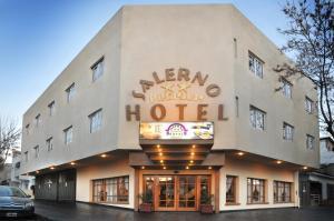 Hotel Salerno, Отели  Вилья-Карлос-Пас - big - 1