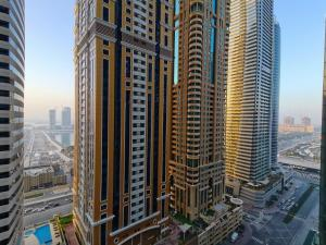 A C Pearl Holiday - Cozy One Bedroom Apartment in Marina - Dubai