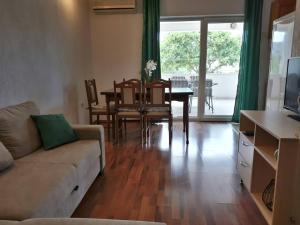 Lovely 2Bedroom Apartment in Poljica